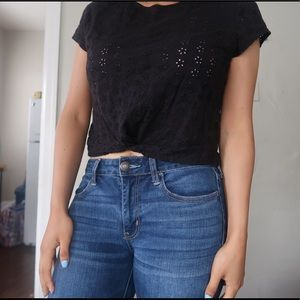 Crops top with flower openings